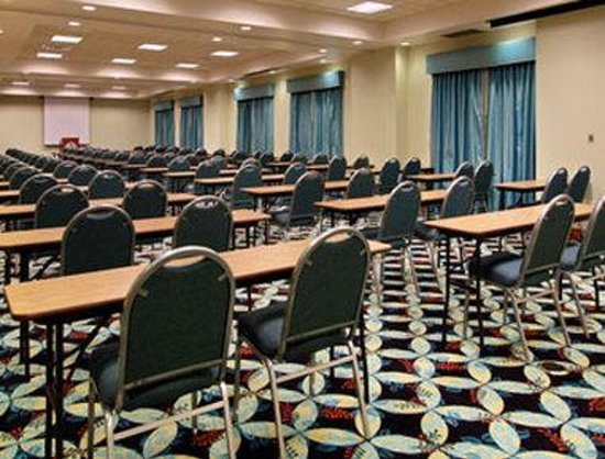 Wingate by Wyndham Richmond Short Pump: Meeting Room