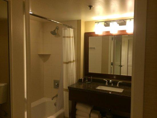 Marriott Marquis San Diego Marina: Bathroom
