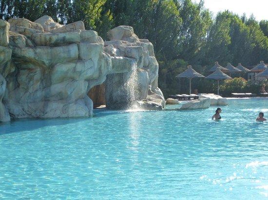 Tahiti Camping & Thermae Bungalow Park: piscina