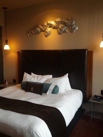 Iron Horse Hotel: Room Decor (1)