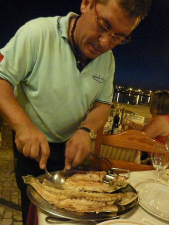 Restaurante Sueste : Fish taken off the bone at the table -- if you want