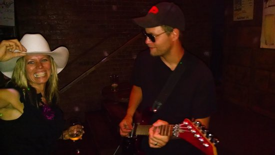 Derailed Pour House: The band Mr Black!