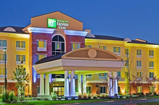 Holiday Inn Express Hotel & Suites Ooltewah Springs-Chattanooga : Hotel Exterior
