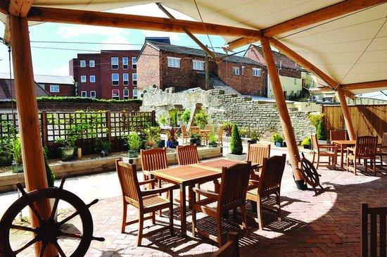 Hotel du Vin Poole: Alfresco Dining