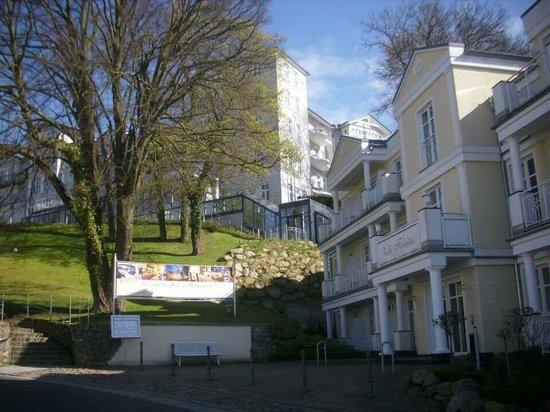 Hanseatic Rügen und Villen: Der Eingang zur Villa