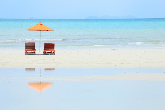 Viva Vacation Resort: A private beach.