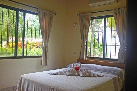 Guacamaya Lodge: Villa Esther bedroom