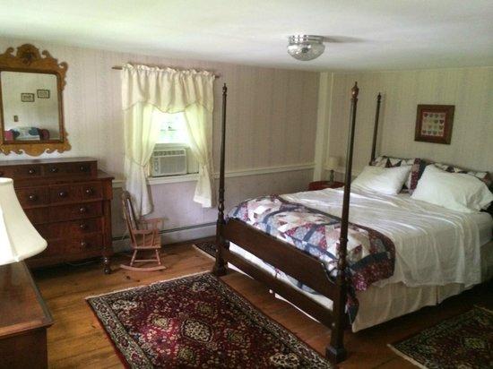 Colonel Spencer Inn: Baker Room we stayed in
