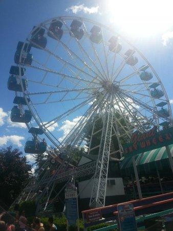 Canobie Lake Park: Ferris Wheel