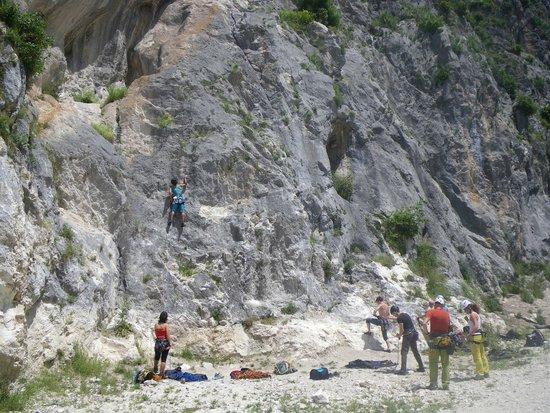 Chiesa di Santo Stefano - Mummie di Ferentillo: roccia da arrampicata