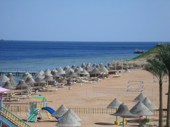 Park Inn by Radisson Sharm El Sheikh Resort: beach area