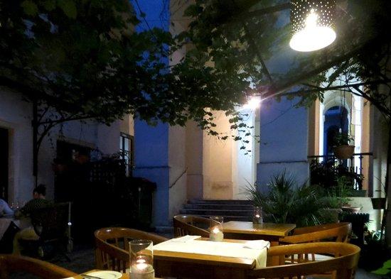 Kristian´s Monastiri: the outdoor courtyard