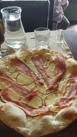 Pizza that's amore