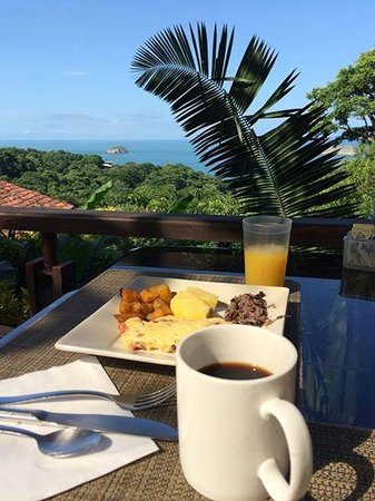 Sí Como No Resort & Wildlife Refuge: Breakfast at Rico Tico