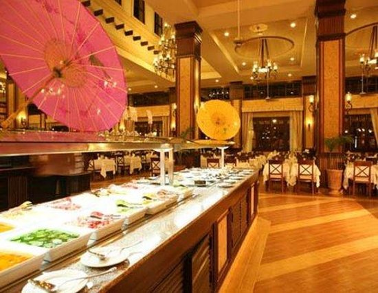 Hotel Riu Emerald Bay: Dining