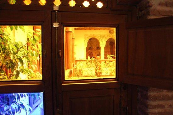 Riad Maipa: Vue extérieure fenêtre de chambr fermée