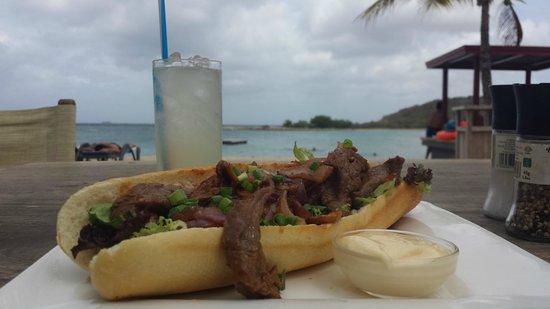 Jan Thiel Beach : Restaurant at Jan thiel's beach