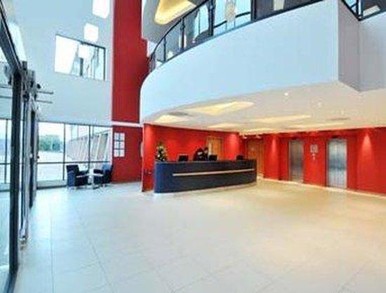 Ibis Styles Birmingham Airport NEC: Lobby