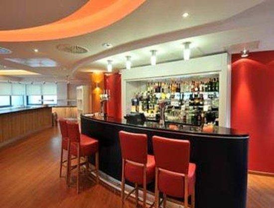 Ibis Styles Birmingham Airport NEC: Bar