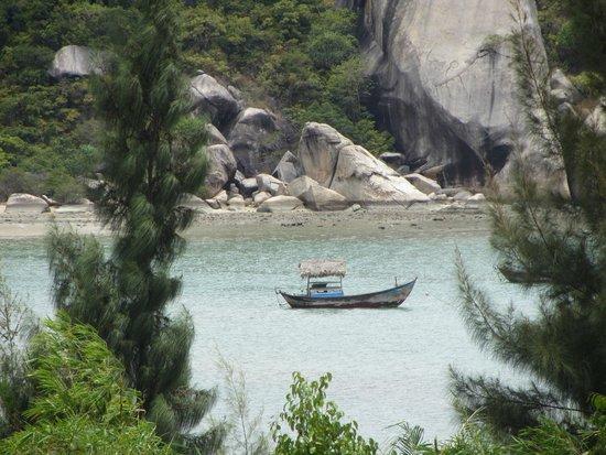L'Alyana Ninh Van Bay: Playa