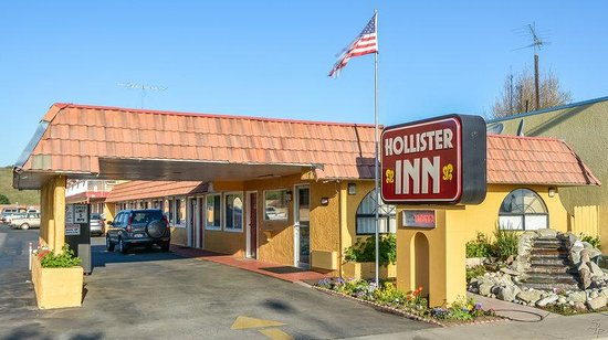 Hollister Inn: Exterior