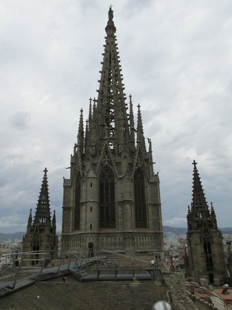 Catedral de Barcelona: On the roof