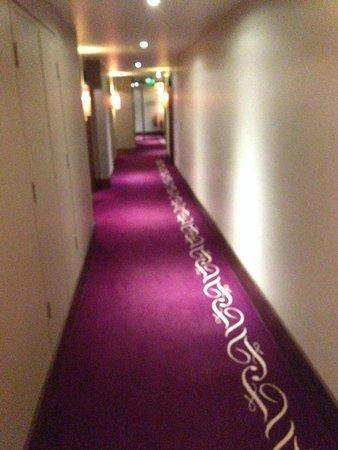 Fitzwilliam Hotel Dublin: Pasillo de la 5ª planta