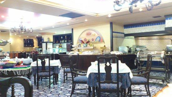 Europe Villa Cortes: Zona interior del comedor