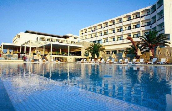 Aktia Lounge Hotel & Spa : Exterior