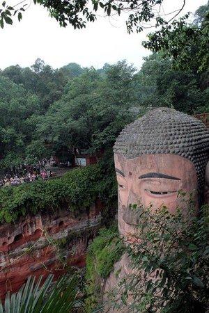 Leshan Giant Buddha (Da Fo) : Da Fo