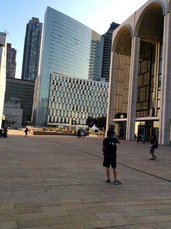 Lincoln Center for the Performing Arts: en medio de los altos