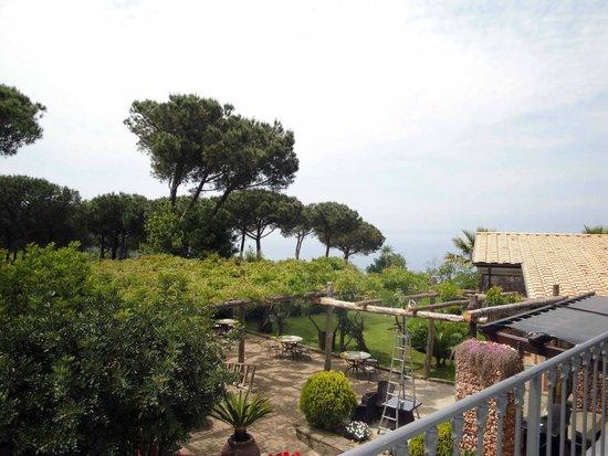 Hotel Oasi Olimpia Relais: The Bay of Naples