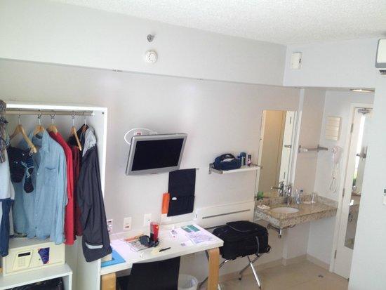 Go Inn Manaus: Room