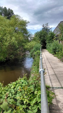 Pilrig House: Waters Of Leith Walkway