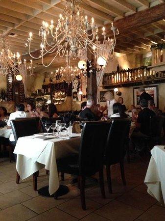 Aliotta's Via Firenze: dining room