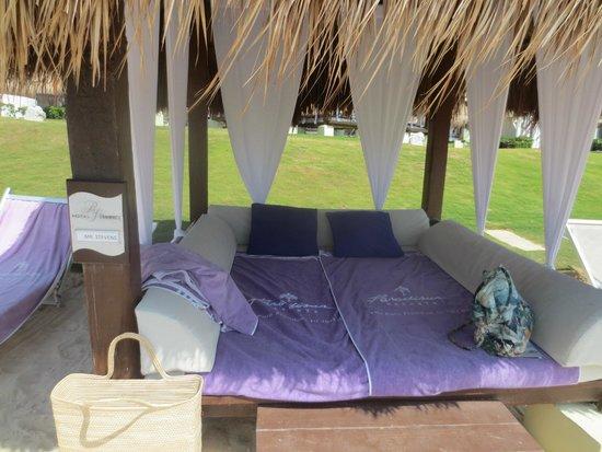 Paradisus Cancun: bali bed