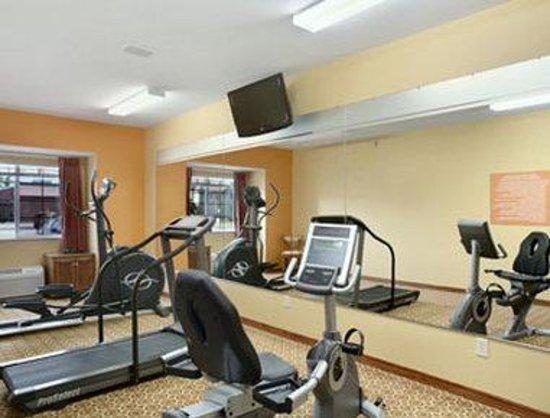 Microtel Inn & Suites by Wyndham South Bend/At Notre Dame University: Fitness Center