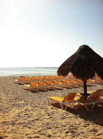 Iberostar Tucan Hotel : Beach time