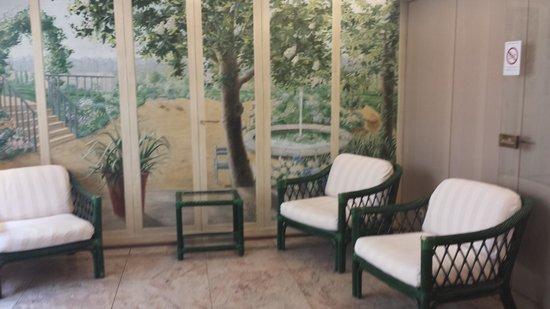 Pacific Hotel : petit salon lecture