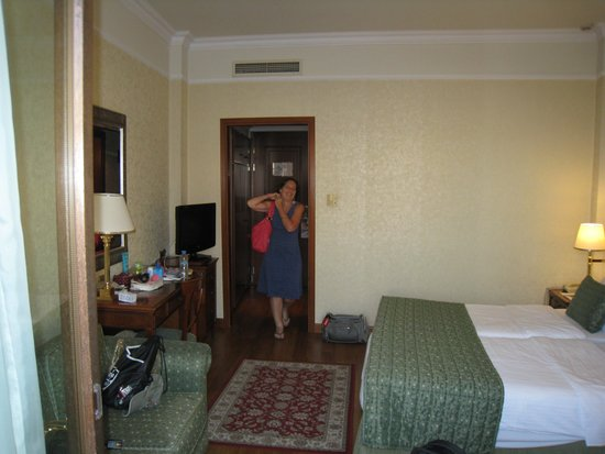 Electra Palace Thessaloniki: Hotel room