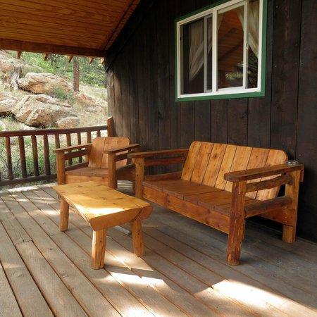 Tarryall River Ranch: Angler Cabin porch