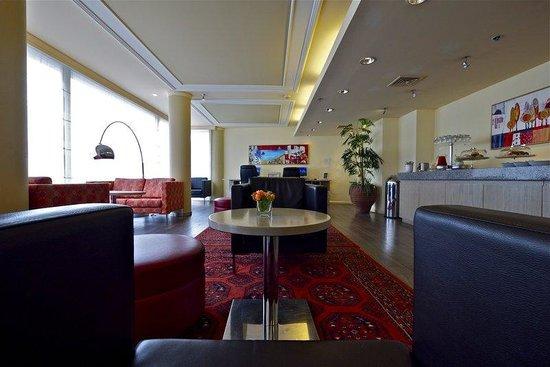 Metropolitan Hotel : Business Lounge