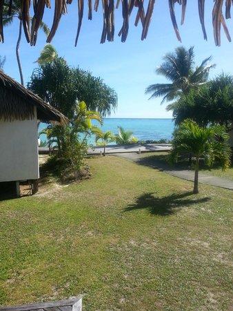 Tamanu Beach : Utsikt fra bungalowen vi bodde i - Nummer 210