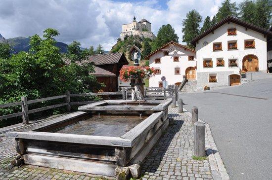 Schlosshotel Chaste: Tarasp