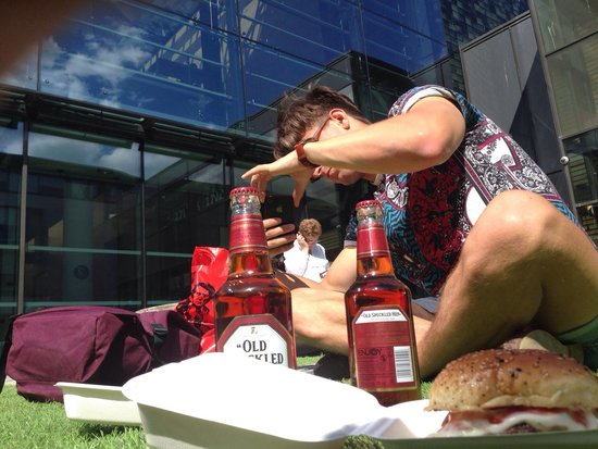 Burger Brothers: Beer and burger YUM