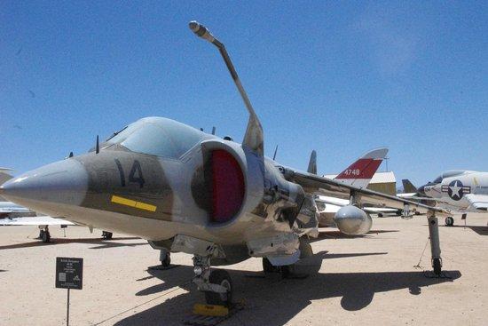 Pima Air & Space Museum: jet