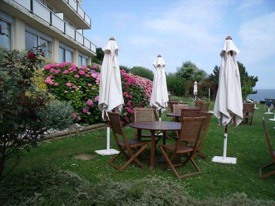 Hotel Dormy House : Salon de jardin