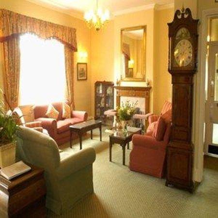 The Izaak Walton Hotel: Lobby