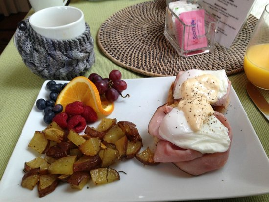 The Chadwick Bed & Breakfast: Yummy Breakfast!