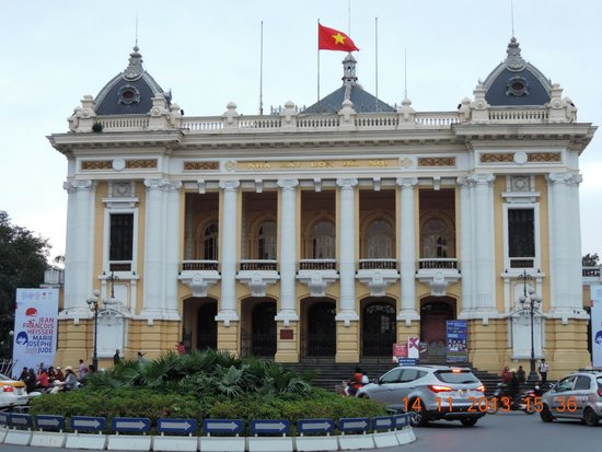 Opera House (Nha Hat Lon): Opera House